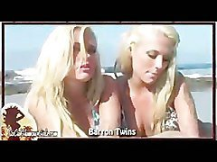 Bikini, Blonde, Twins, Milton twins make out, Pornhub.com